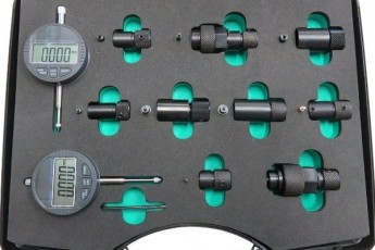 DL-CRN50091 Adapter set with digital dial indicators for assembly gaps measurement and nozzle valve and needle stroke measurement.